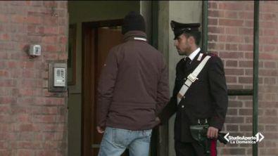 Bologna, attentato a caserma carabinieri