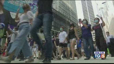 Hong Kong, giù la maschera