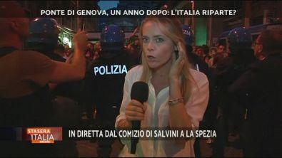 Salvini contestato a La Spezia