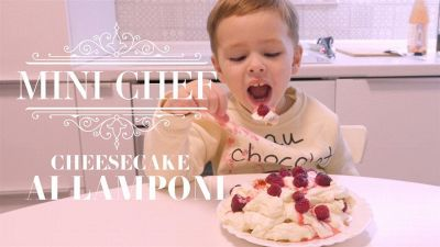 Mini chef, ecco come (non) fare il cheesecake ai lamponi