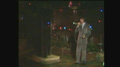 """Bobby Solo canta """"Tu stai"""" a Superclassifica Show 1982"""