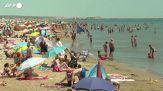 Francia, spiagge affollate al sud per il primo weekend di caldo