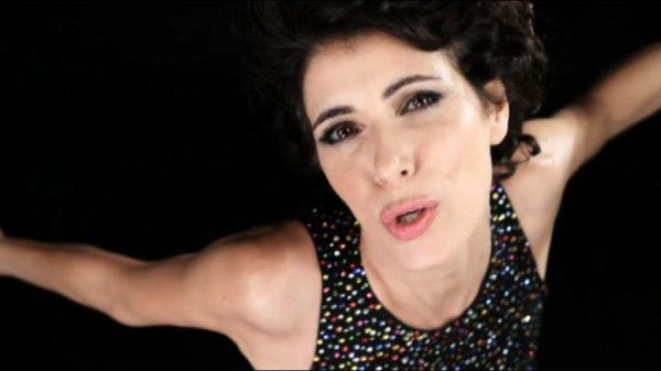 Giorgia come Donna Summer, il video di 'I Feel Love'