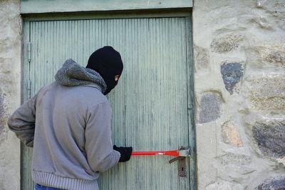 Riprendersi la propria roba da un ladro è reato?