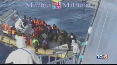 """Migranti verso Genova """"saranno ricollocati"""""""