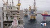 Petrolio ai massimi benzina più cara