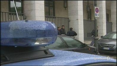 Spari a Trieste, uccisi due agenti