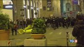 Cresce la protesta, guerriglia a Firenze
