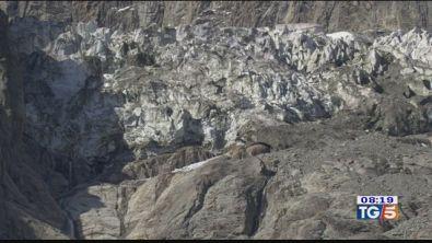 Il ghiacciaio accellera paura sul monte Bianco