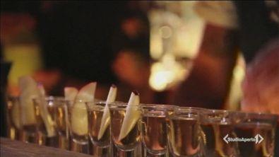 Alcol, a 11 anni il primo bicchiere