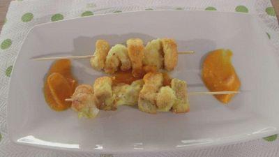 Spiedini di pesce su crema di zucca