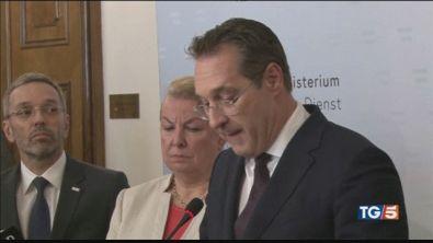 Austria, dimissioni per il vicecancelliere Strache