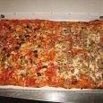 Basiliko pizza con patatine