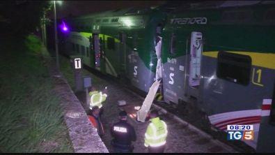 Scontro fra treni sei feriti nel comasco
