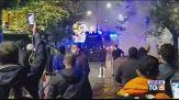 Strade deserte e proteste incendiarie
