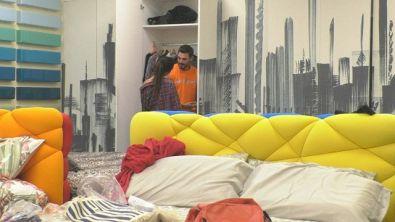 Che ci fanno nell'armadio Francesco e Giulia?