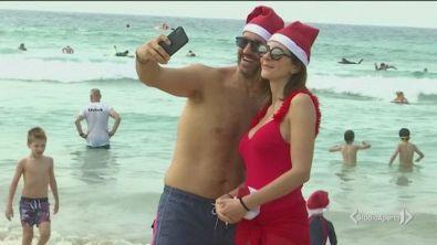 Babbo Natale arriva in surf