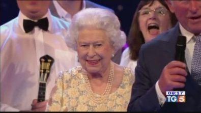 92 anni per The Queen e Londra canta in coro