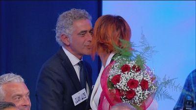 Colpo di scena: Luisa conosce Juan Luis...