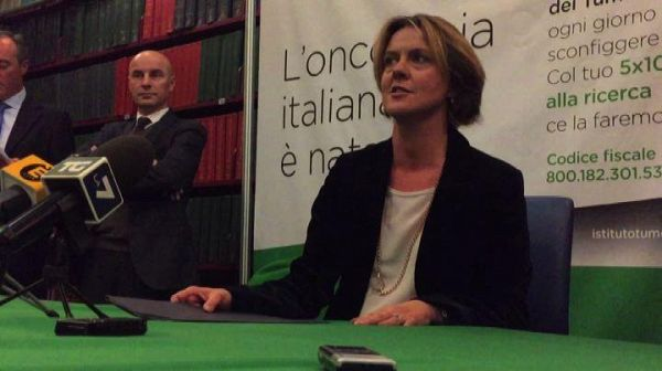 Lorenzin: tumori diagnosticati in aumento, ma anche le guarigioni
