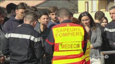 Spari a scuola, terrore in Francia
