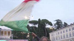 Europei, i fan si preparano alla partita nella fan zone di Piazza del Popolo a Roma