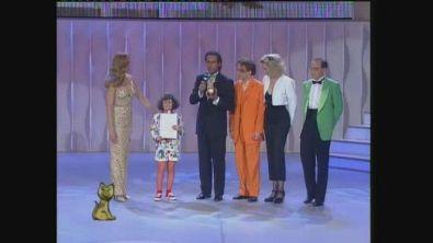 Carlo Conti vince il Telegatto per Big nel 1993