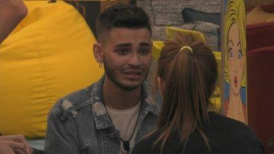 """Le lacrime di Cristian: """"Non volevo che mia madre mi vedesse stare male"""""""