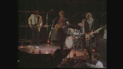"""I Dire Straits si esibiscono in """"Private Investigations"""" a Superclassifica Show 1982"""
