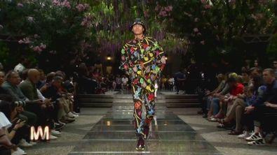 Jo Squillo: Versace, l'uomo per l'estate 2019.