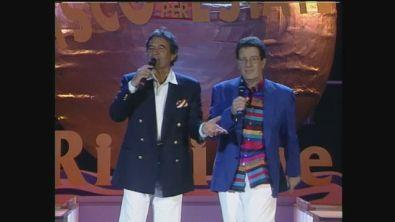 Fiorello canta con il duo Bongusto-Di Capri
