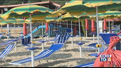 Omicidio in Calabria assassinato in spiaggia