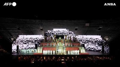 Roberto Bolle all'Arena di Verona, risorge la danza
