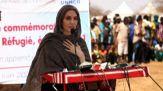 Angelina Jolie visita i profughi in Burkina Faso