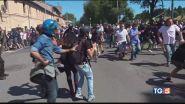 Ultrà e neofascisti, è guerriglia a Roma