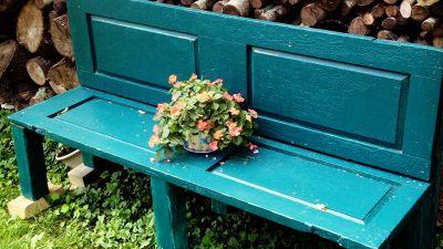 Riciclo creativo, 8 idee per ridare vita alle vecchie porte