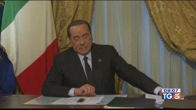 Berlusconi: 5 stelle incoerenti