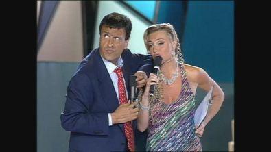 Gigi Sabani imita Adriano Celentano