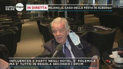 Milano, il caso della festa in albergo