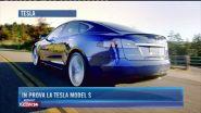 In prova la Tesla Model S