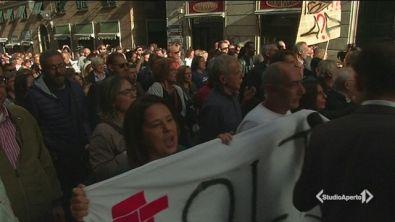 Genova in piazza: non diteci bugie