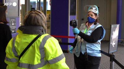 Londra revoca la quarantena per i vaccinati da Ue e Usa