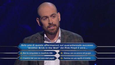 """Solo una di queste affermazioni sul quarantennale successo """"Another Brick in the Wall"""" dei Pink Floyd è vera..."""