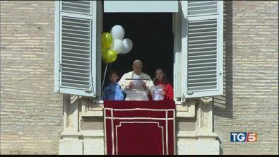 La pace dei bambini il Papa negli Emirati