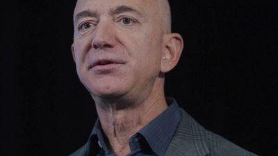 Multa record per Amazon: quanto deve pagare Jeff Bezos