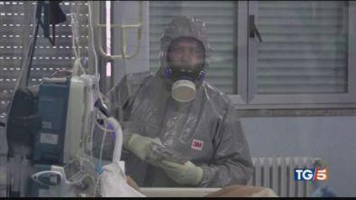 Il virus nell'aria? La scienza divisa