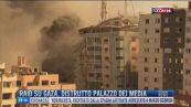 Breaking News delle 18.00 | Raid su Gaza, distrutto palazzo dei media