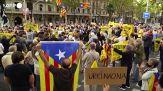 Puigdemont, manifestazione degli indipendentisti a Barcellona