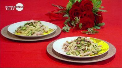 Linguine con zucchine e tonno bianco