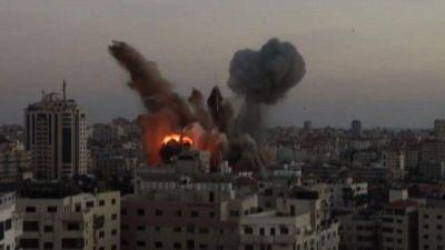 Nuovi raid di Israele su Gaza. Nella striscia 144 vittime